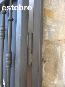 pernio-puerta